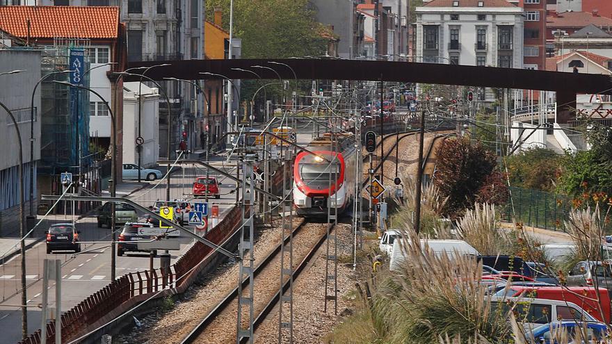 Ministerio y Ayuntamiento reactivan el plan para enterrar las vías en Avilés