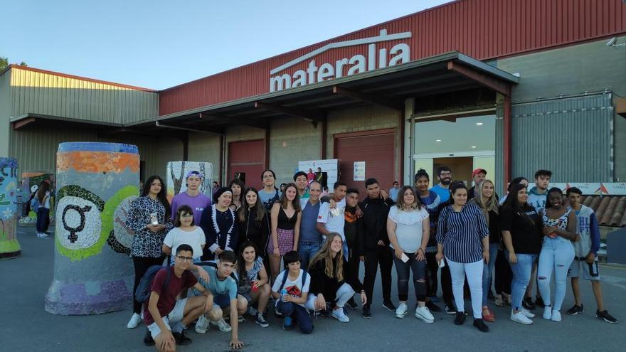 Tres instituts de Roses, l'Escala i Figueres, finalistes a un concurs de trencadís
