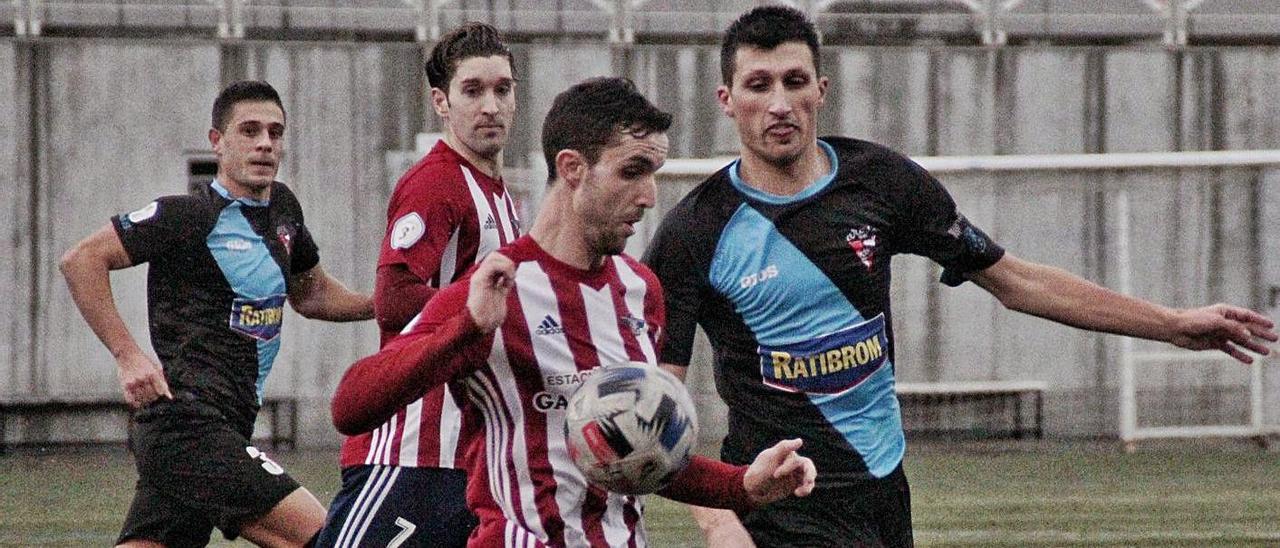 El partido de la primera vuelta disputado en O Morrazo se saldó con un empate sin goles.