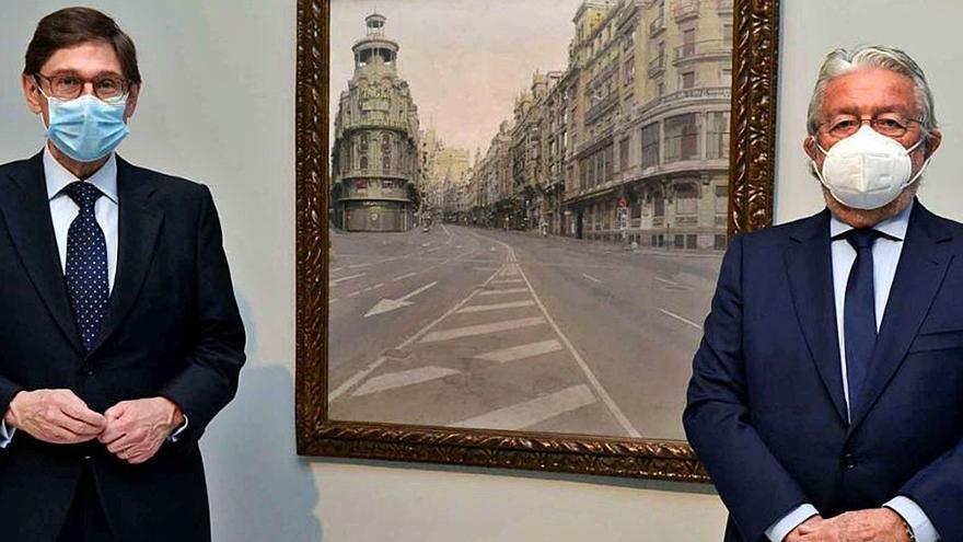 José Ignacio Goirigolzarri visita la exposición        de Antonio López en la Fundación Bancaja
