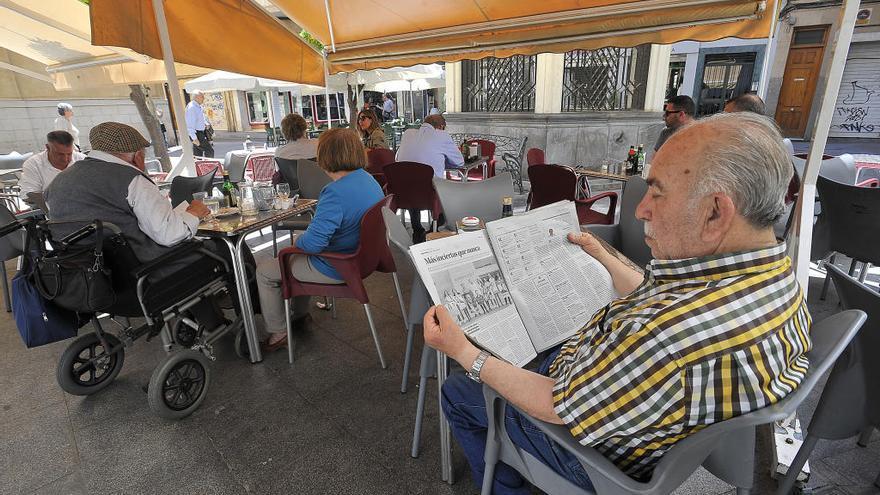 «Menos pedir el voto y más preocuparse por los ilicitanos»
