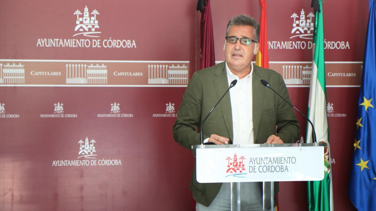Manuel Torrejimeno, en rueda de prensa.
