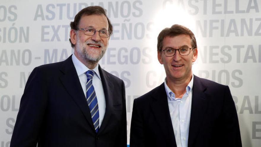 """Rajoy se muestra """"orgulloso"""" de tener un partido """"unido"""""""