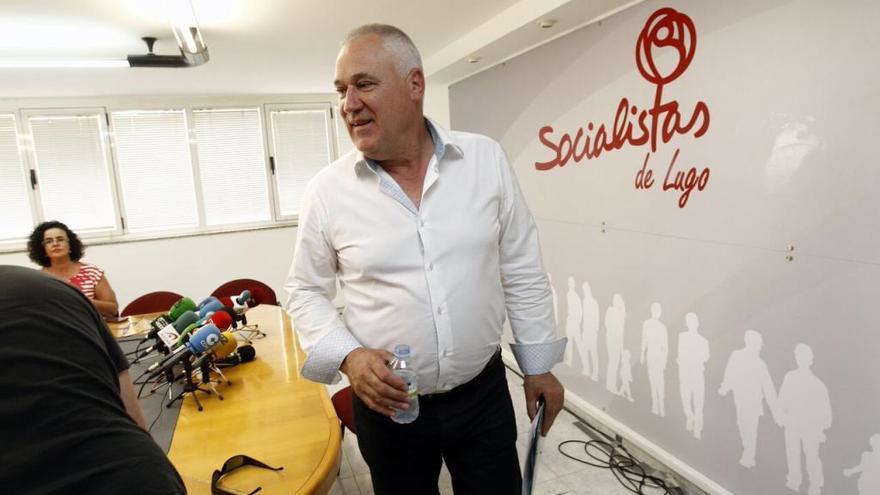 El presidente de la Diputación de Lugo relevará de su cargo al regidor que votó en el pleno con el PP otra vez