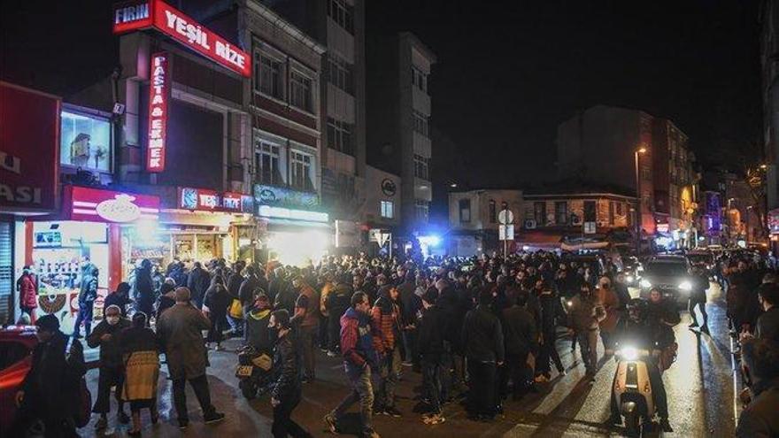 Coronavirus: caos en Turquía tras decretar el Gobierno dos días de toque de queda