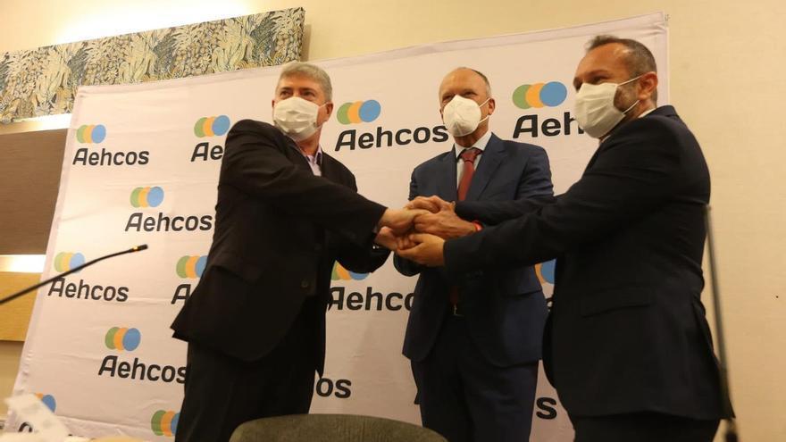 Aehcos, Tour10 y Aedav lanzan un programa de estancias rebajadas para empleados del sector