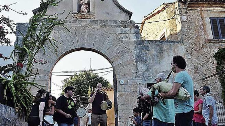 Las fiestas de Sant Bernat se van del monasterio por el rechazo del rector