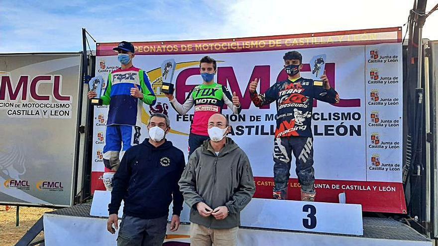 El piloto Pablo Gutiérrez se aferra al liderato en Castilla y León