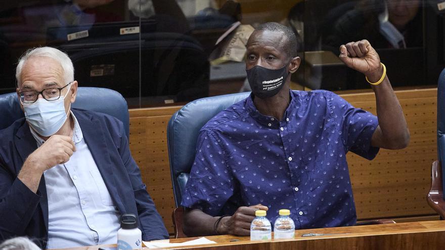 """Monasterio a Mbayé: """"Nuestro problema no es que sea negro, blanco, alto o bajo"""" si no que """"entró de forma ilegal saltándose la cola"""""""