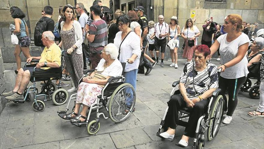 Una disputa legal retrasará la venta de viajes del Imserso