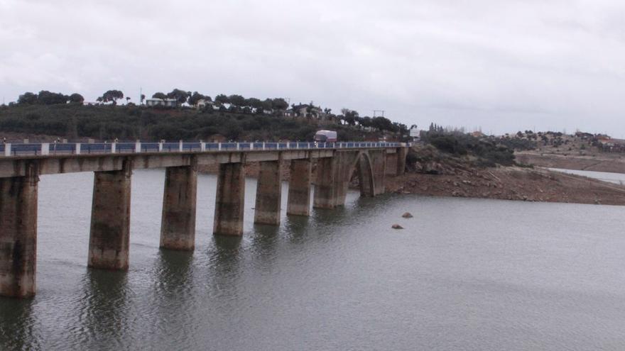 San León pide al Defensor del Pueblo la reversión de las presas de Iberdrola en Zamora