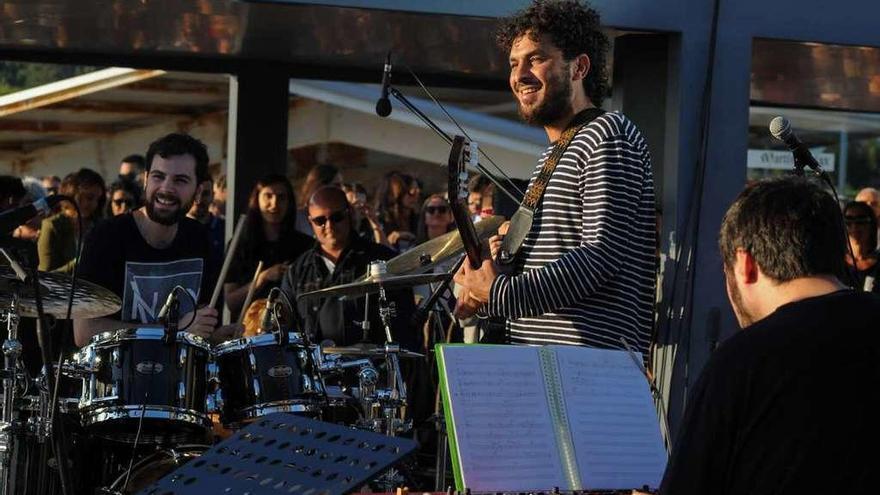 Lin Cortés y Miguel Lamas fusionan flamenco con jazz y ritmos gallegos en Martín Códax