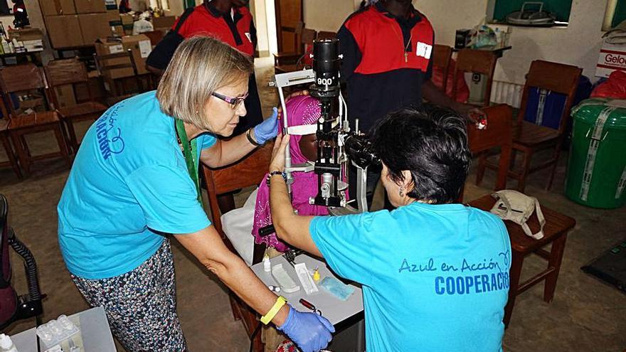 El Colegio de Médicos de Baleares premia la labor de la ONG Azul en Acción