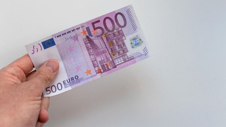 El número de billetes de 500 se reduce a mínimos de 2002