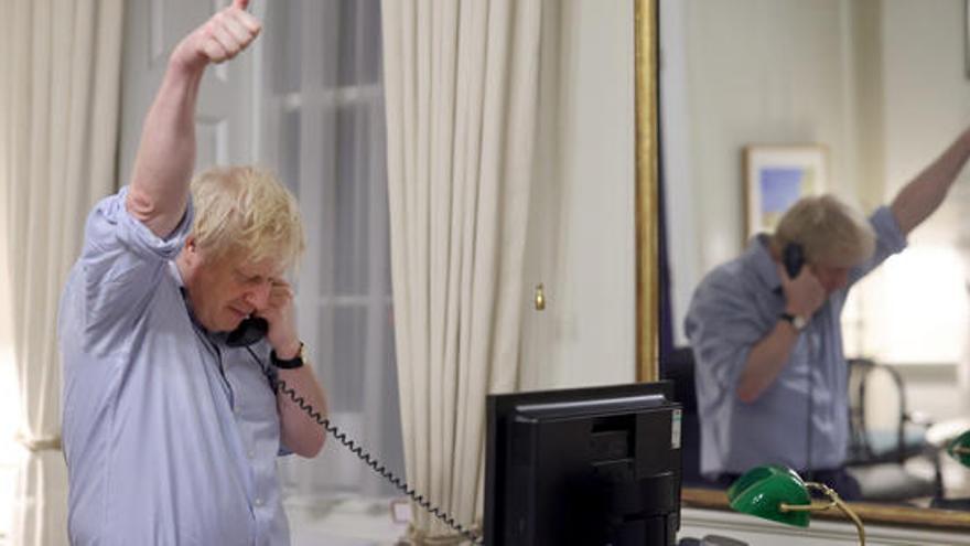 """Biden y Johnson coinciden en estrechar la """"relación especial"""" entre EEUU y Reino Unido"""