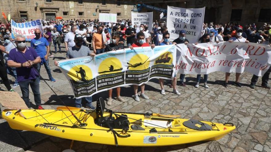 Madrid responde a la pesca de recreo y se reafirma en su propuesta legislativa