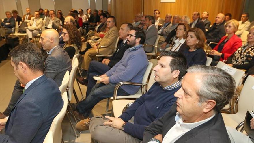 García urge a «tomar decisiones políticas serias» sobre la ciudad