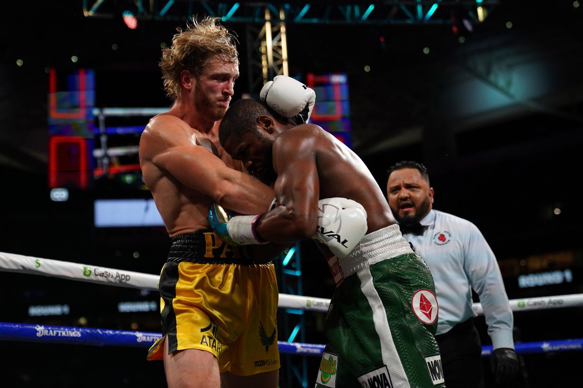Combat de boxa entre Floyd Mayweather i Logan Paul