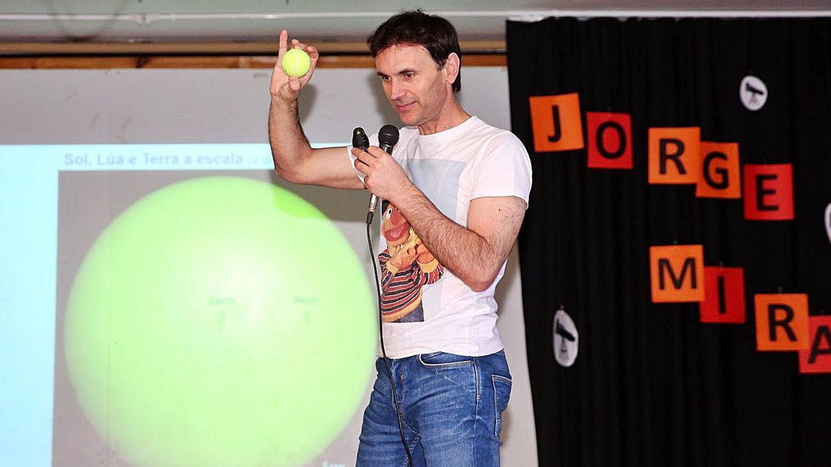 Club FARO ofrece una charla de Jorge Mira por internet sobre el cielo