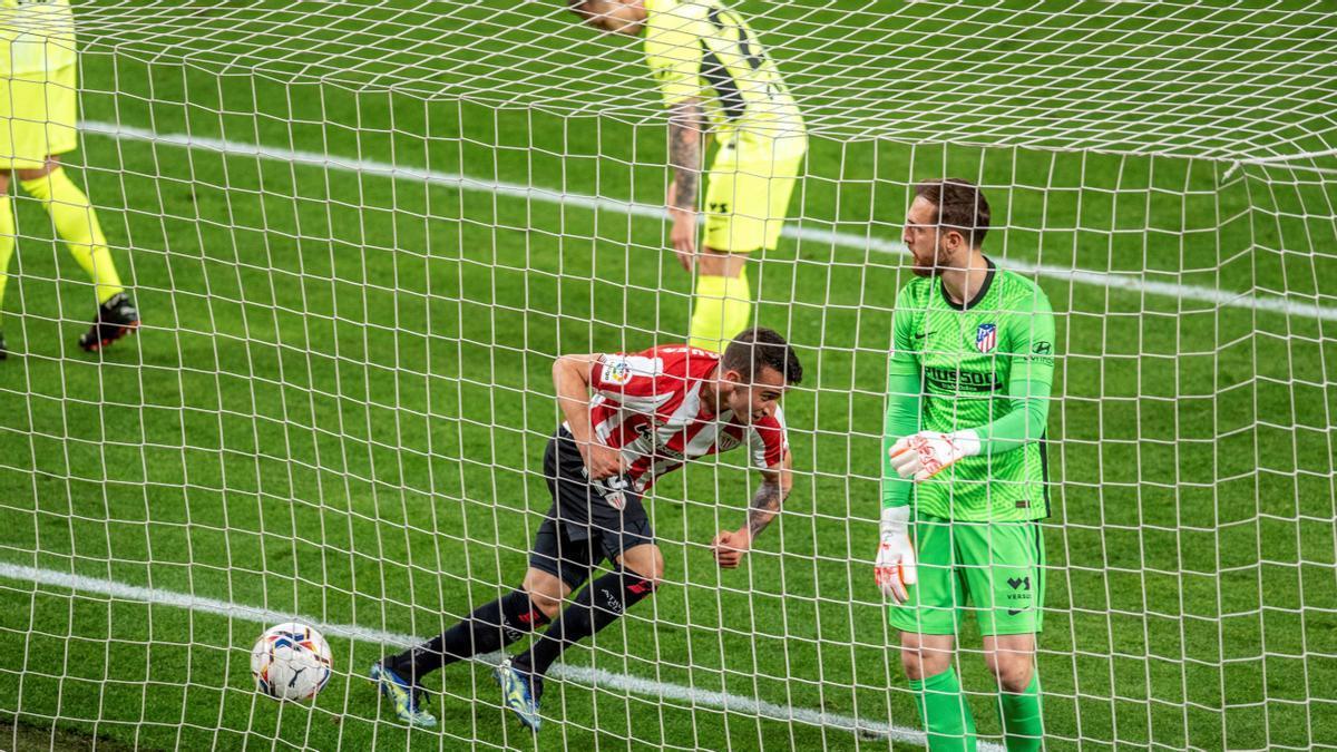 Berenguer celebra su gol ante el Atlético.