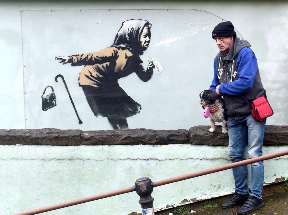 A new street artwork entitled 'Aachoo!!'by ...