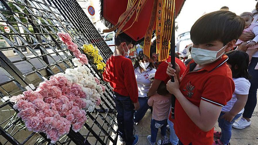 Medi TV ofrece la ofrenda a Sant Pasqual en Vila-real