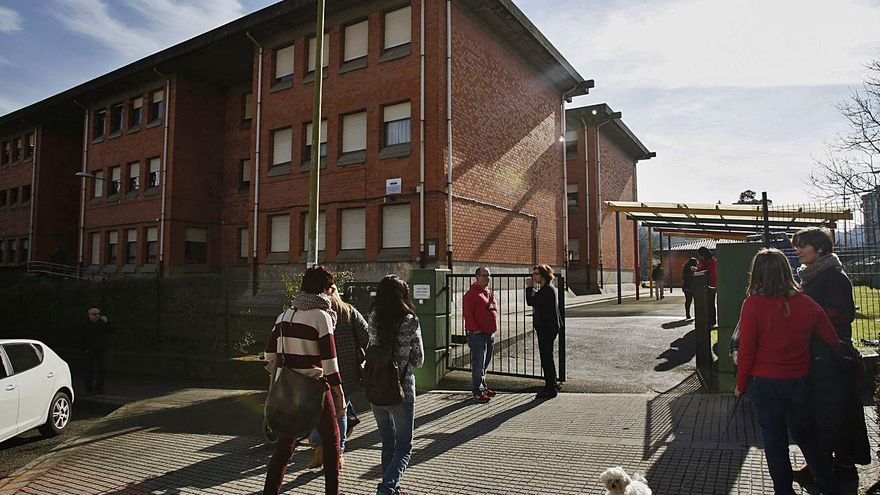 """Consenso para el colegio La Toba: """"Acatamos la ley y optamos por la denominación popular"""""""