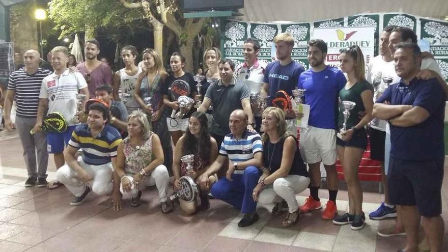 """Milagros de Mena, gran triunfadora del XI """"Club Náutico"""""""