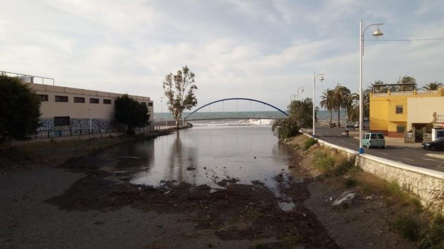 El temporal costero azota el litoral malagueño