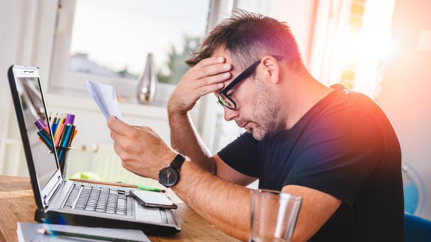 La CNMC recomienda que la factura eléctrica se simplifique e informe del tipo de tarifa contratada