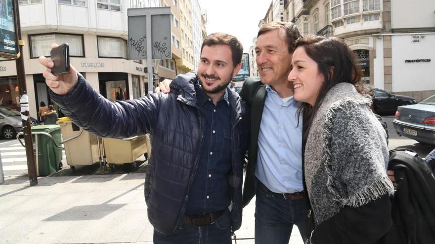 Rafael Hernando en A Coruña en plena campaña del 28-A