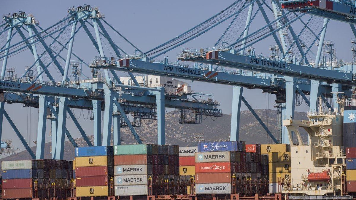 El tráfico de mercancías del puerto de Algeciras vuelve a los niveles previos a la pandemia