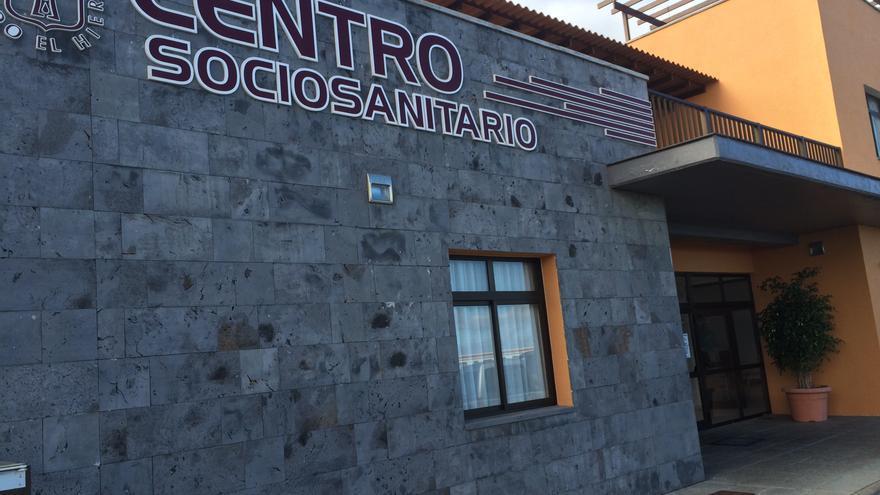 El Hierro intensifica las medidas de prevención tras el brote en la residencia de Echedo