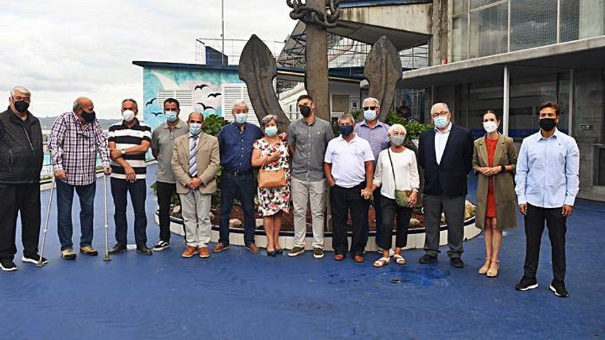 La Fundación del Club del Mar de San Amaro celebra su 86 aniversario con los socios más antiguos
