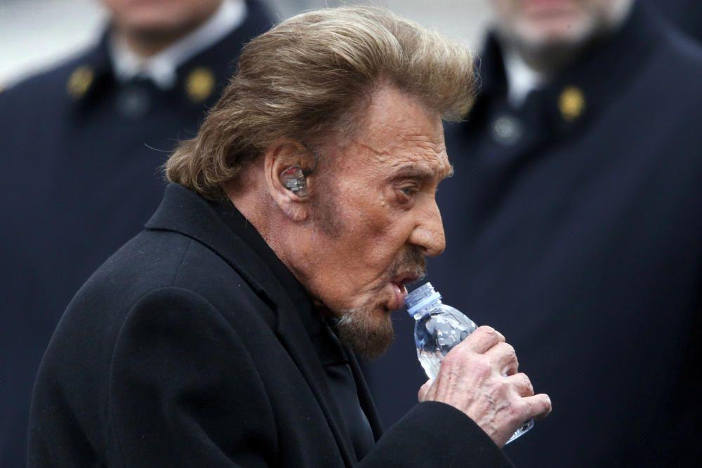 Johnny Hallyday muere a los 74 años