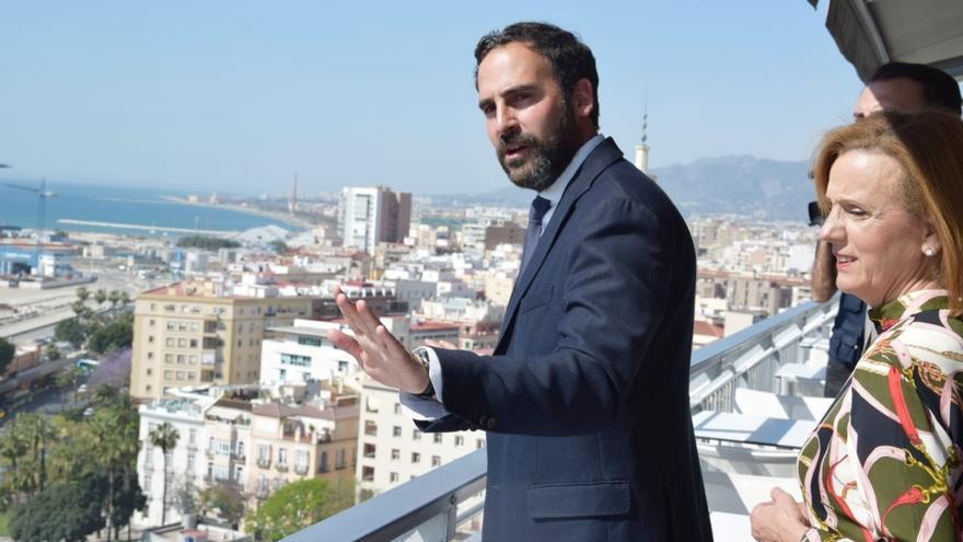 """El PSOE en el Ayuntamiento de Málaga pide """"prudencia"""" sobre el expediente de la torre del puerto"""