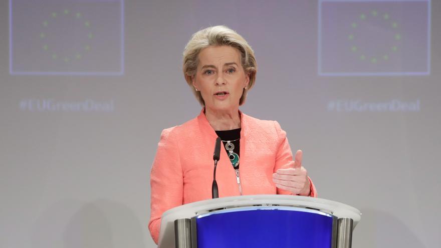 Bruselas quiere prohibir la venta de vehículos de combustión e híbridos en 2035