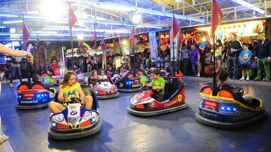 El ayuntamiento valora celebrar una feria con atracciones en San Fernando