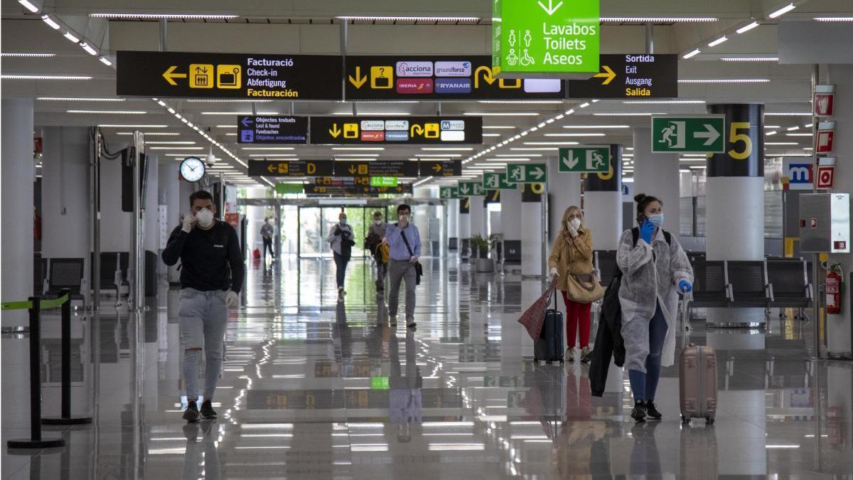 Aena registra un 96,1% menos de pasajeros en junio
