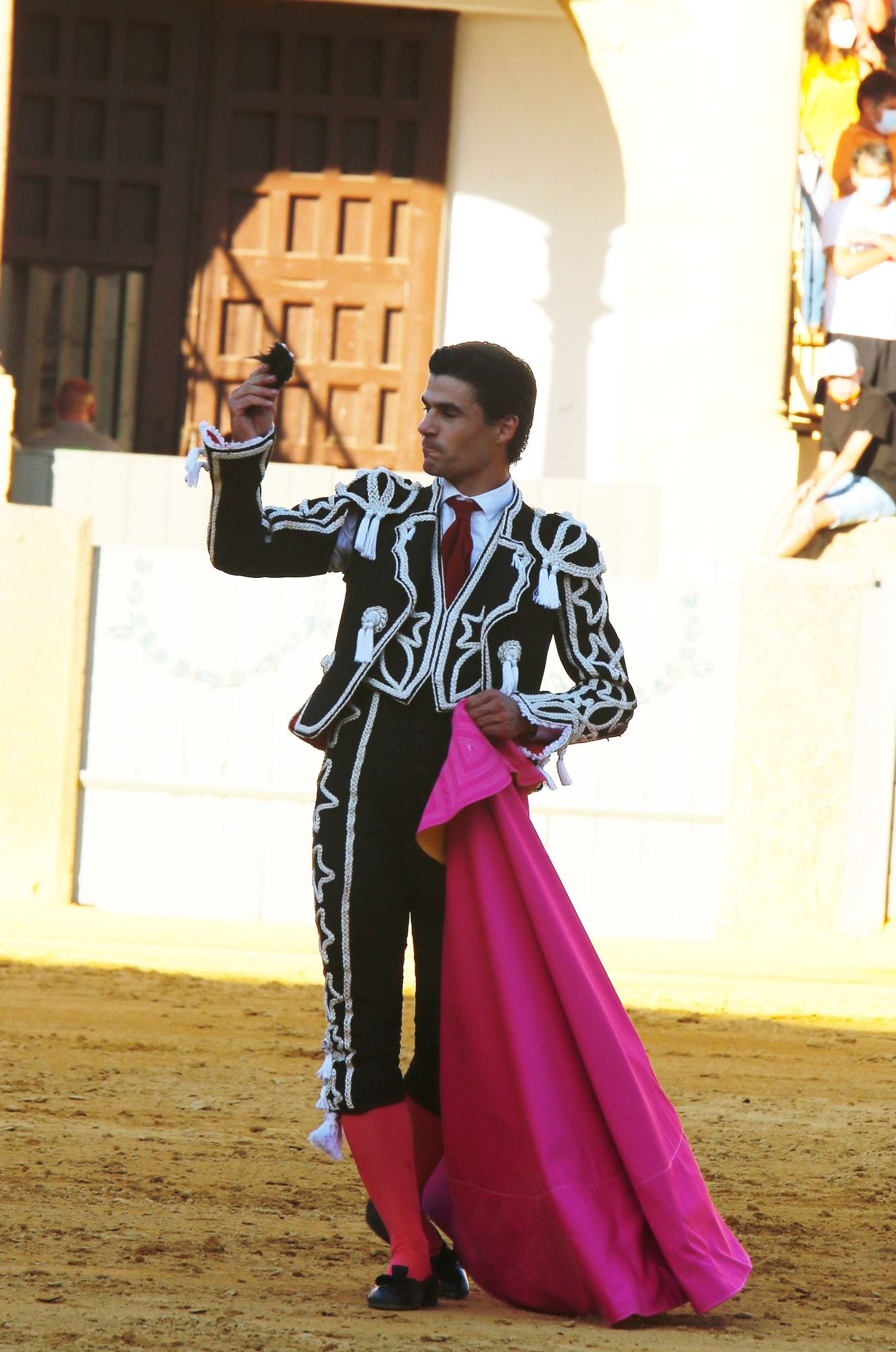Las imágenes de la corrida goyesca de Ronda, con Roca Rey y Pablo Aguado