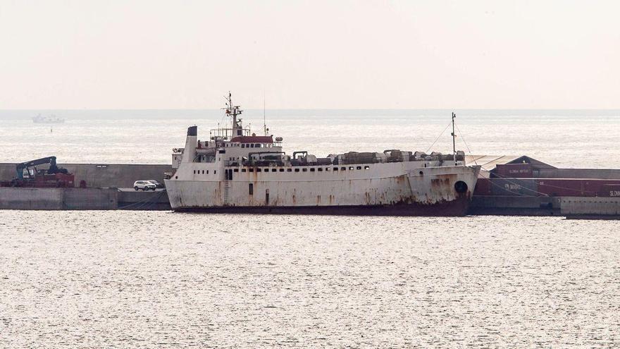 13.000 caps de bestiar, en risc de morir pel tancament del canal de Suez