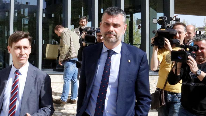 L'exconseller Santi Vila avala la demanda de Sixena amb el seu pis de Figueres