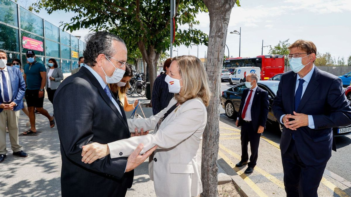 CEV y Levante-EMV reúnen a empresarios y políticos para escuchar a la vicepresidenta