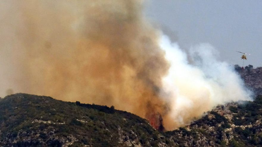 Els bombers donen per estabilitzat l'incendi de Llutxent