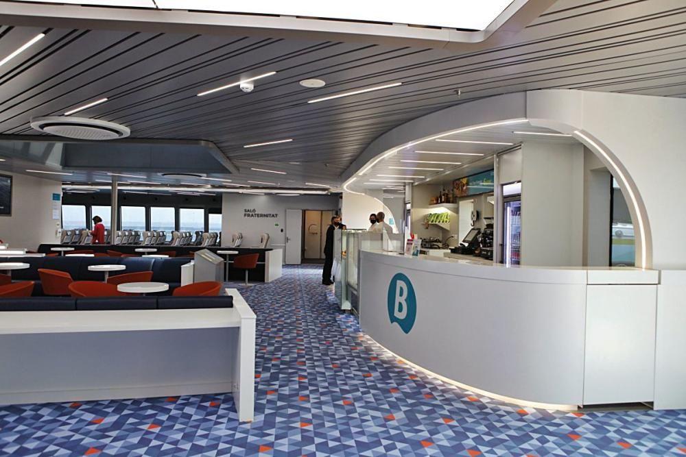 Die Fähre Eleanor Roosevelt de Baleària im Hafen von Palma