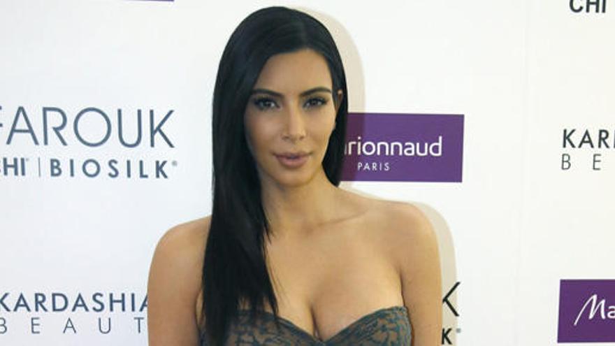 Kim Kardashian incendia las redes al banalizar la anorexia