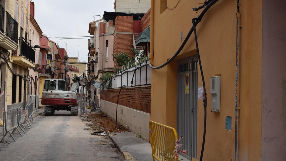 Obras en la calle Virgen de los Desamparados