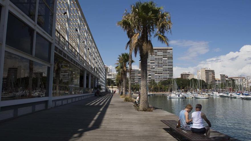 La consultora CustomSuits y Ramírez se alían para reconvertir Panoramis en un complejo empresarial