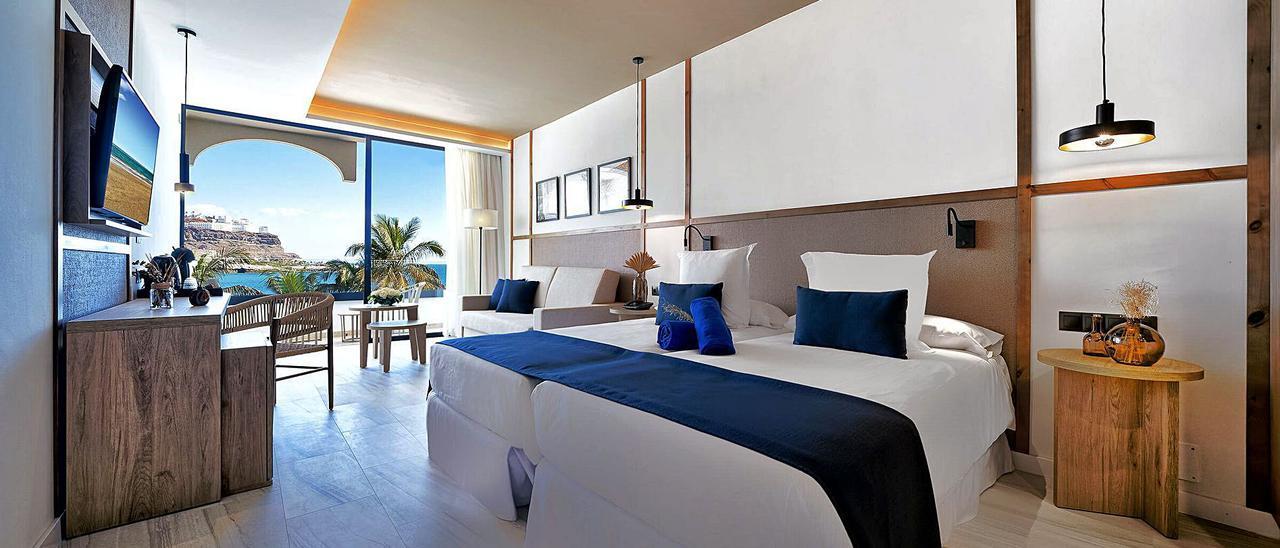 Interior de una de las habitaciones del recientemente renovado hotel Labranda Costa Mogán.     ATOM HOTELES