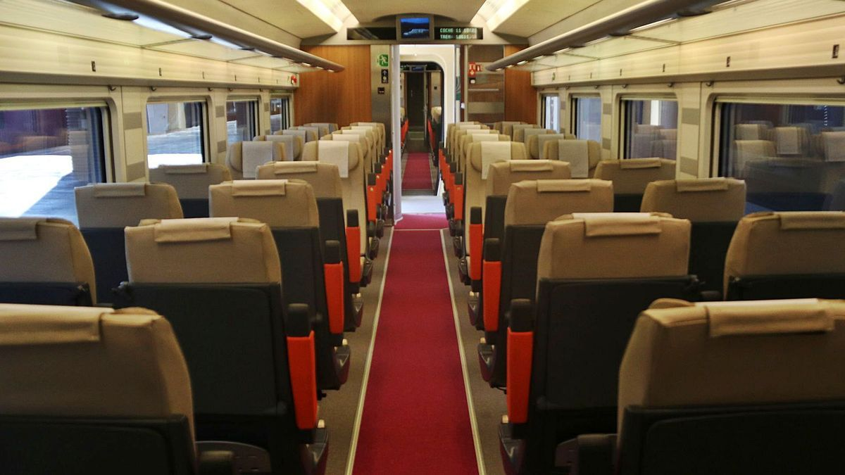 Interior del tren  Avlo.  ELISENDA ROSANAS